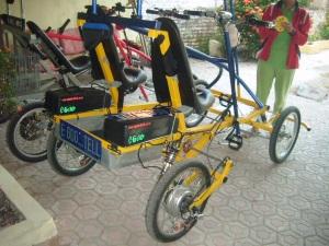 Sepeda listrik Roda empat